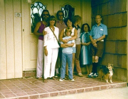 1978 from back of photo.  My guess: Dick, ??, Mark, Eric, Mom, Scott, Margo, Richard, Shoby