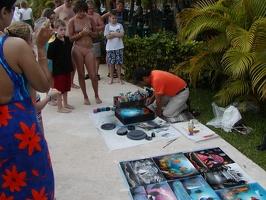 Spray paint artist2