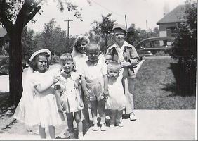 Jeannette Vidal and JoAnn Plese's first communion (1946)